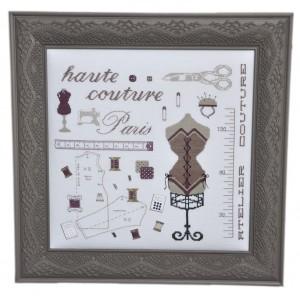 Haute Couture Paris avec ses miniatures de broderie : Broderie au point de croix