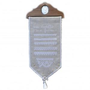 Mes Dentelles aux Fuseaux avec fuseaux miniatures : broderie au point de croix