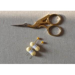 2 Pelotes de laine miniatures + 2 aiguilles assorties, lot jaune