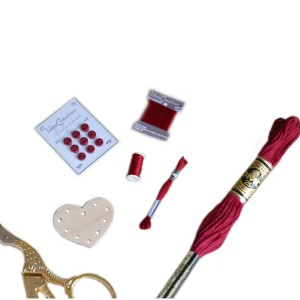 Ensemble Rouge de 5 miniatures de mercerie