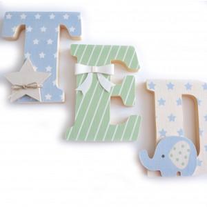 Lettres à poser, lettres prénom en Bois et tissu imprimé, prénom pour chambre de Garçon motifs : bleu, vert, beige