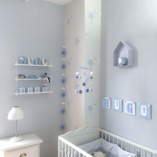 Mobile Bébé Boules en papier cartonné et bois pour chambre d ...