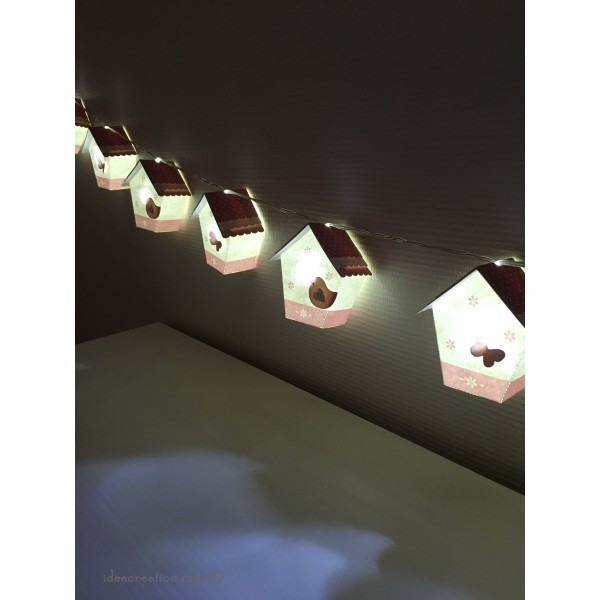 Guirlande Lumineuse Nichoirs Pour Chambre De Bébé, Modèle Maisons Oiseaux  En Rose Et Blanc