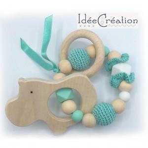 Hochet, anneau de dentition en bois et coton, modèle vert menthe et blanc